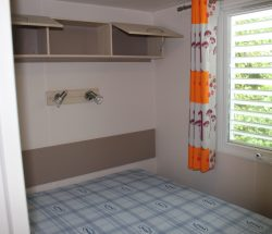 Mobile home for sale campsite Seine Maritime: main bedroom