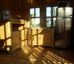 Bamboe hut verhuur