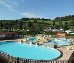 camping normandie mit outdoor-pool